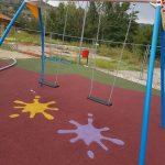 Pavimento antitrauma in gomma colata in Puglia